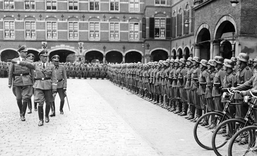The Hague in World War Two
